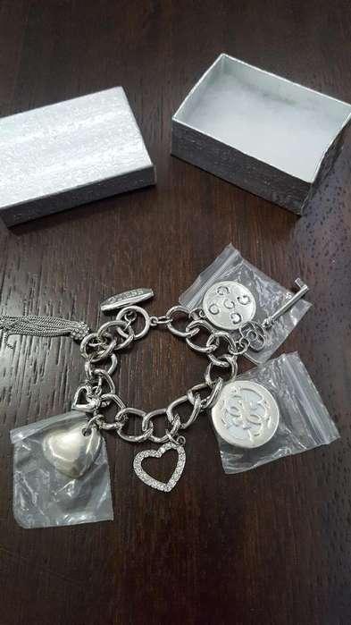 239122e8108a Pulseras de acero  Relojes - Joyas - Accesorios en venta en Ecuador ...