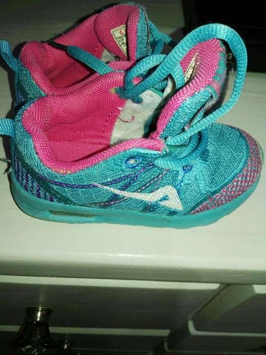 Zapatillas para Nena en 22
