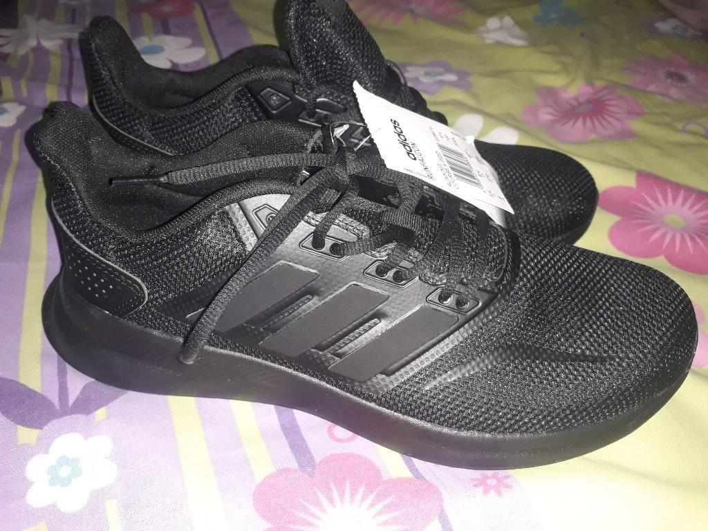 Zapatos Adidas Portoviejo
