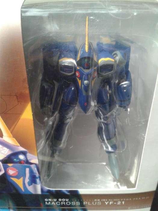 Figura de colección Robotech