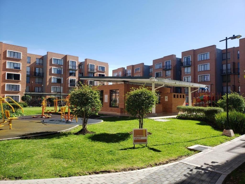 Hermoso Apartamento Bogota Madrid