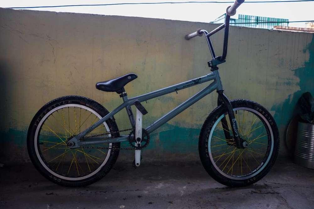 Cicla Bmx Biker Gw