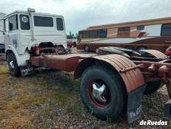 Vendo o Permuto FIAT 619. Muy bueno!!