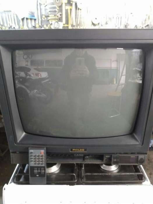 Vendo Tv 20 Pulgadas con Control Remoto