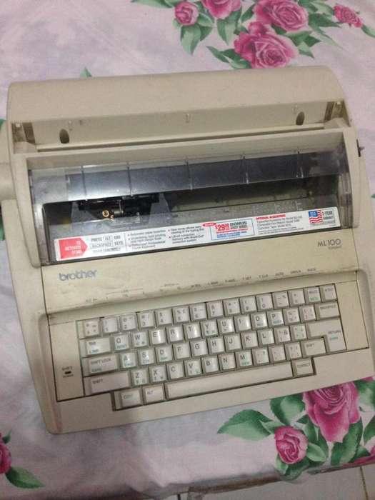 Maquina De Escribir Electrica Brother ML100