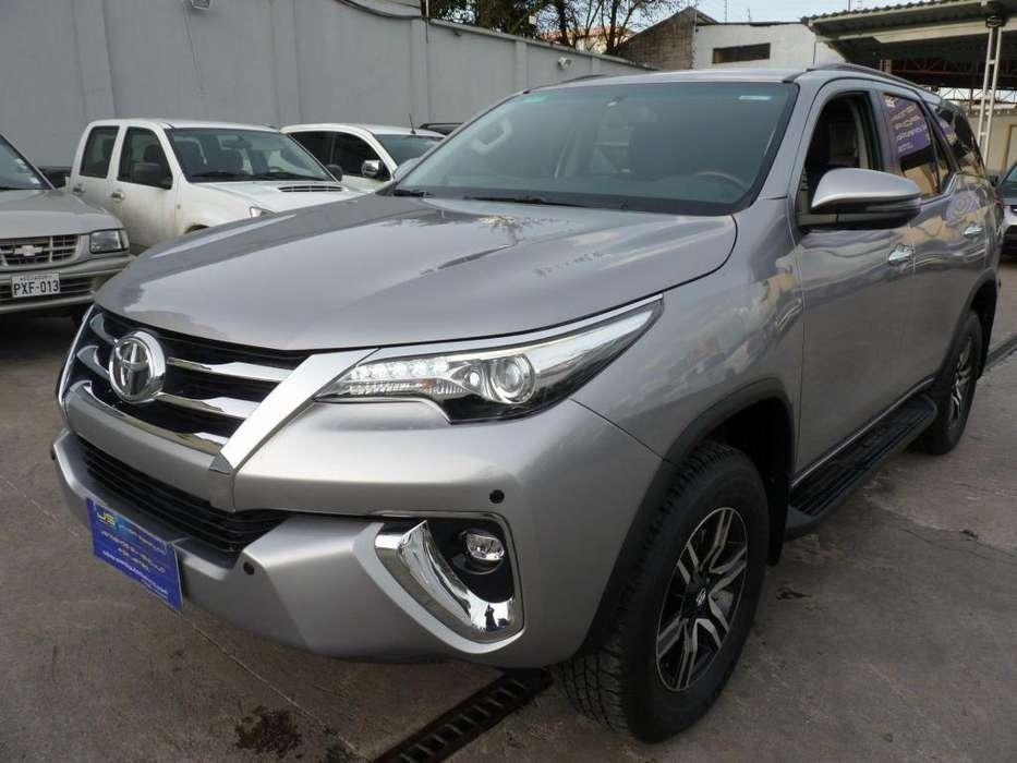 Toyota Fortuner 2019 - 3514 km