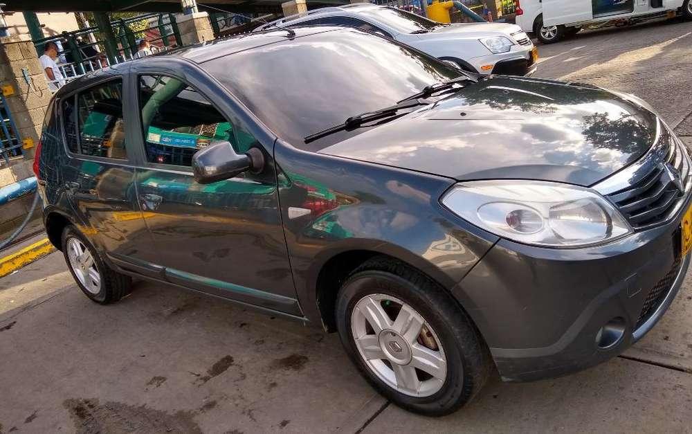 Renault Sandero 2012 - 170000 km