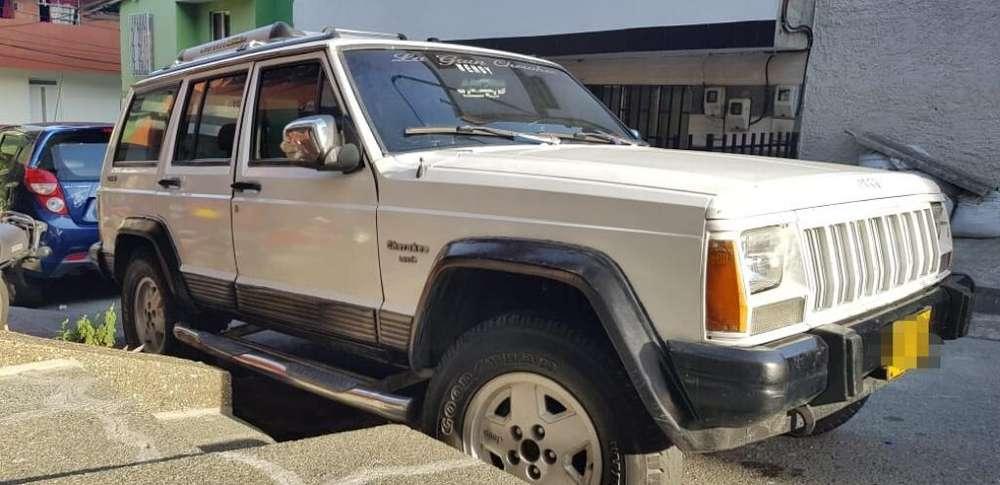 JEEP Cherokee 1993 - 70000 km
