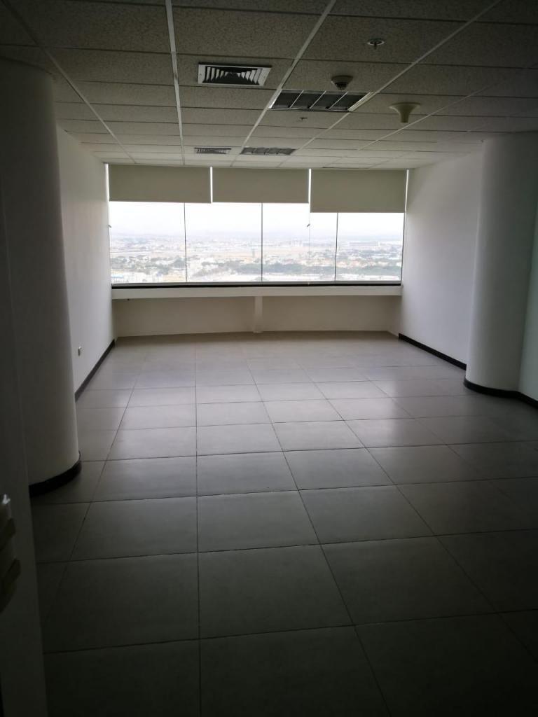 Alquiler O06 Oficina en Edificio The Point