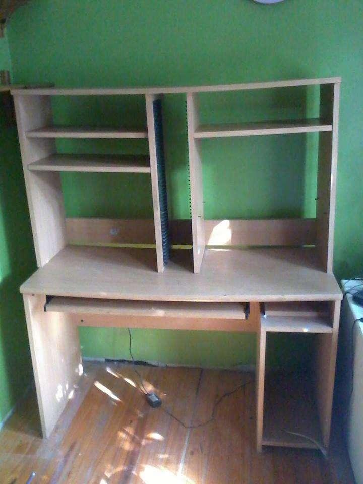Mueble y Escritorio Para Pc