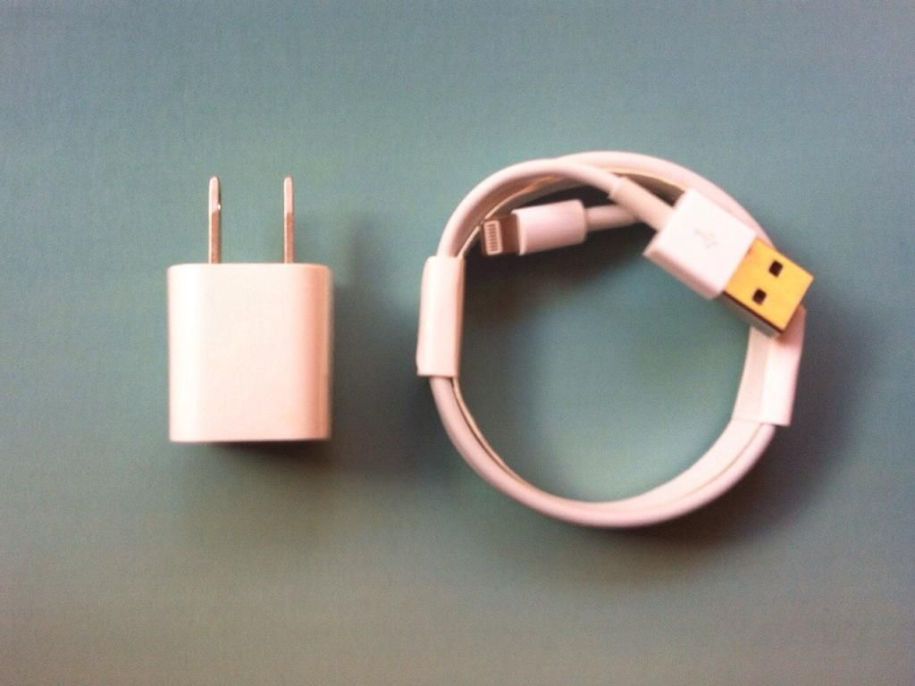 Cargador Original Apple Enchufe Pared mas Cable 1mt x 3mm