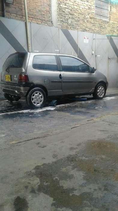 Renault Twingo 1999 - 220000 km