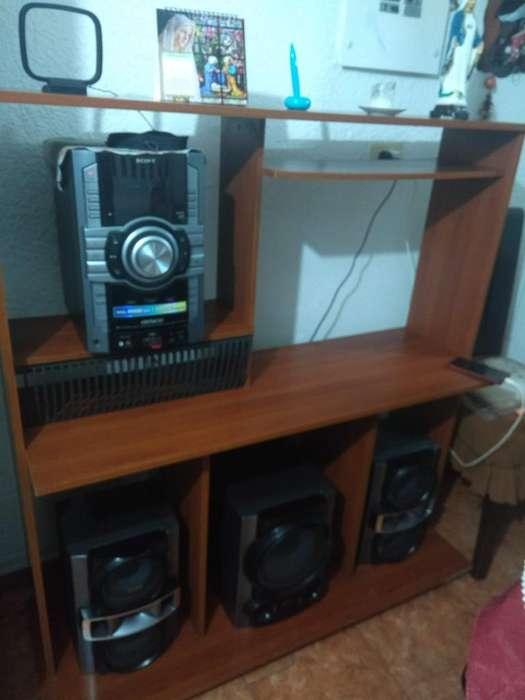 Multi Mueble Tv, Sonido y DVD o Blue ray