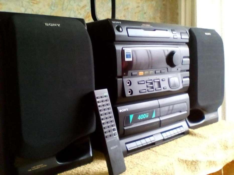 Equipo Sony Japón con control vendo o permuto por celular!!!!!