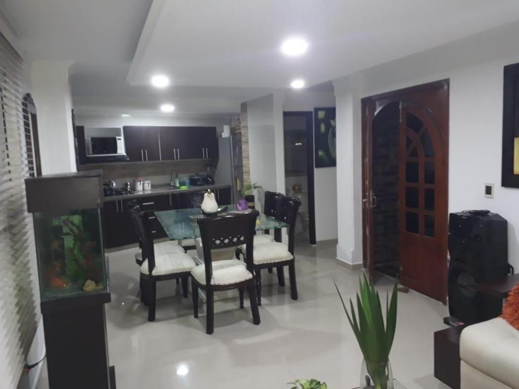 Casa en venta en la AV. 19 Norte 1694 - wasi_1434569