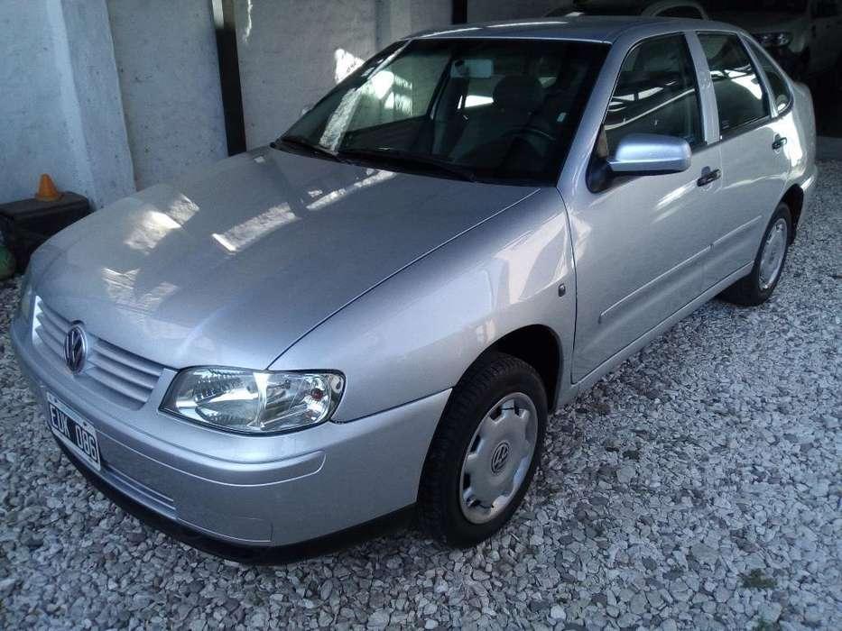Volkswagen Polo 2005 - 152000 km