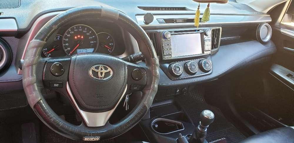 Toyota RAV4 2016 - 43500 km