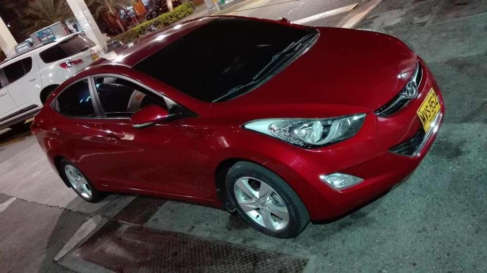Hyundai Elantra 2013 - 69000 km