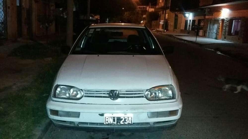 Volkswagen Golf 1997 - 150000 km