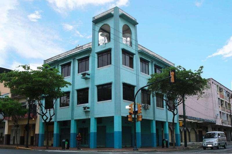 Venta de <strong>edificio</strong> Comercial , de Oportunidad en Avenida Portete y Chile, Sur de Guayaquil