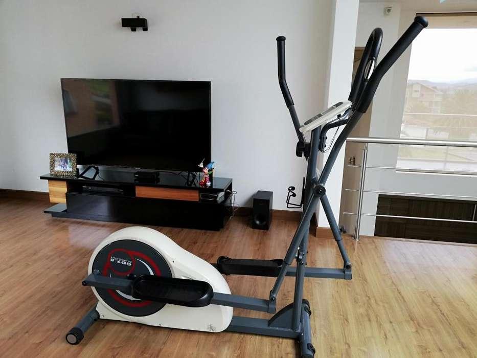 Maquina eliptica para hacer ejercicio