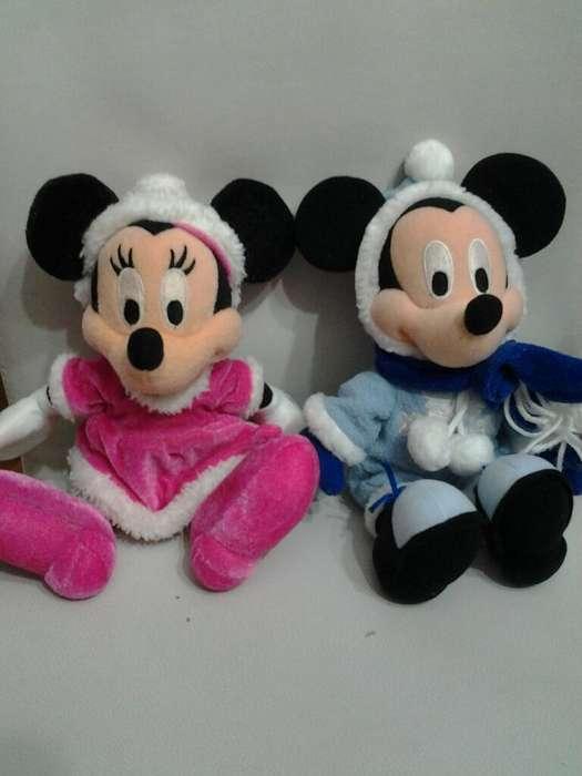 Pareja de Peluches Mickey Y Minnie