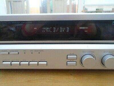 Amplificador Kenwood modelo KRF-V5560D