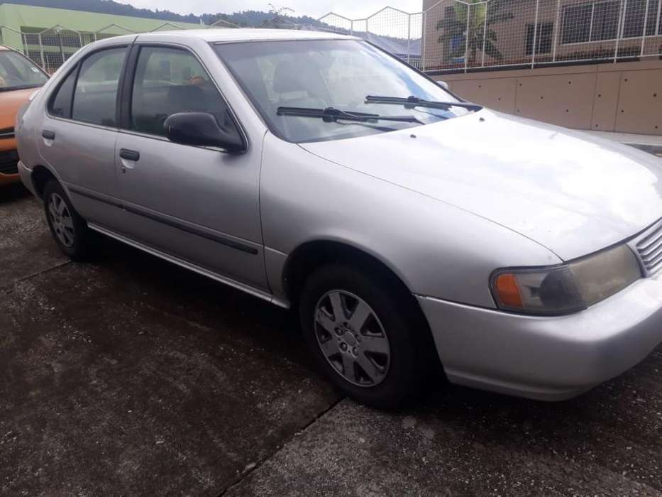 Nissan Sentra 1998 - 240000 km