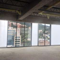 Ambiente confortable en su nueva oficina!! 18-00089