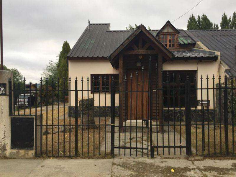 Las Aguilas 1400 - Casa - Iwoka Propiedades