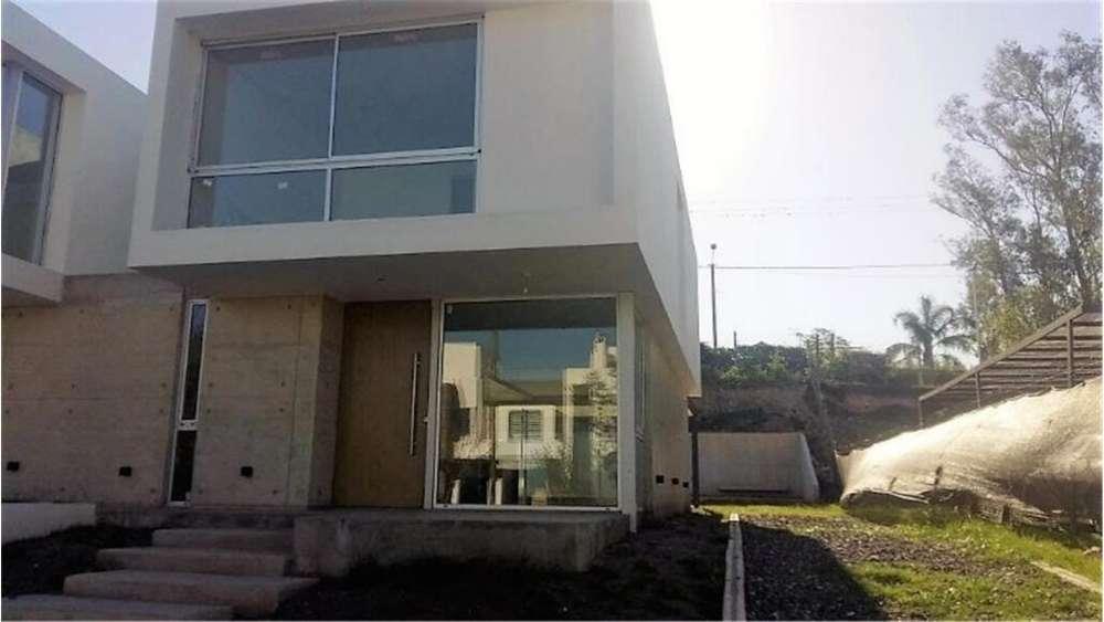 Recta Martinoli 8800 - UD 250.000 - Casa en Venta