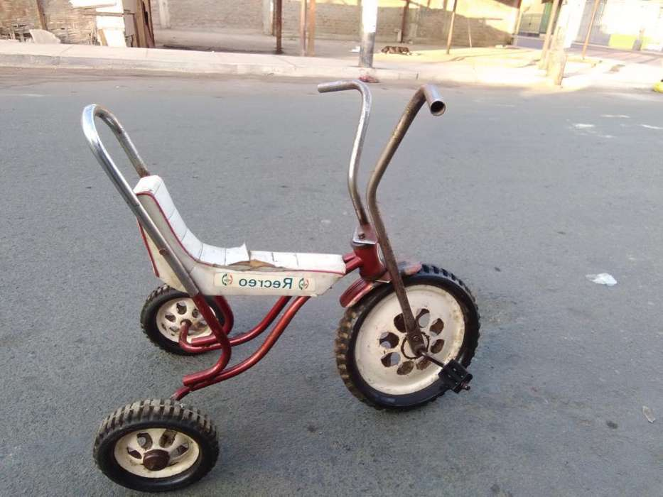 Antiguo Triciclo Recreo