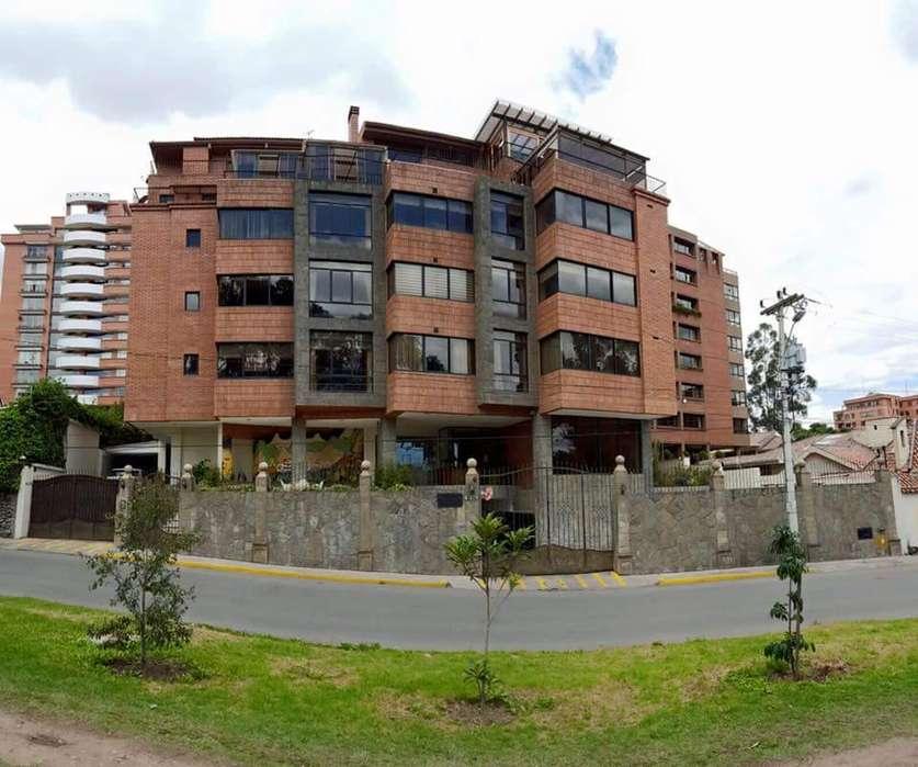Se vende departamento en Cuenca puertas del sol