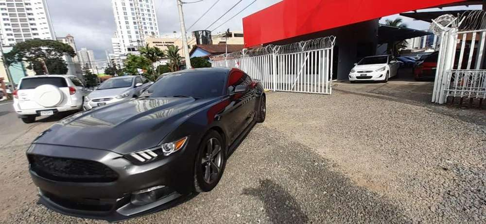 Ford Mustang 2015 - 35858 km