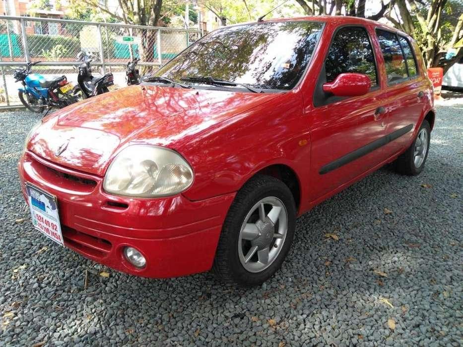Renault Clio  2002 - 172616 km