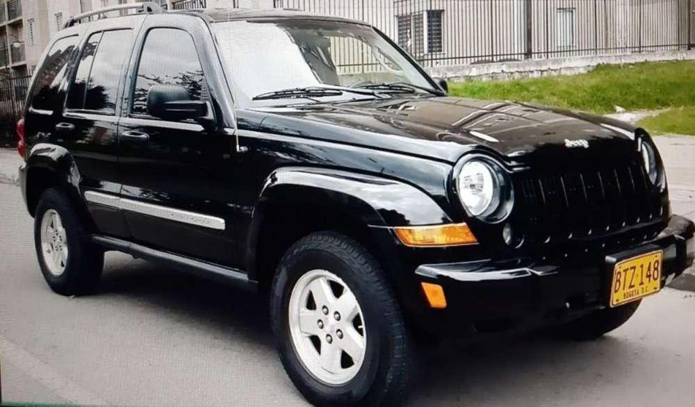 JEEP Cherokee 2006 - 122000 km
