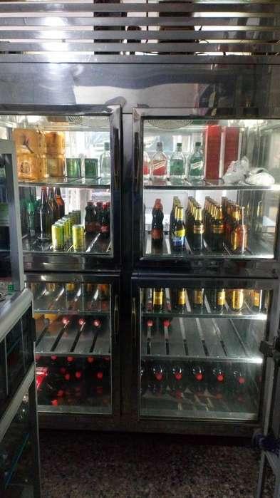 Vendo Refrigerador Vertical en Acero