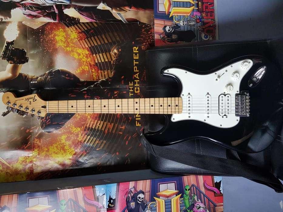 Guitarra Fender Player Stratocaster HSS