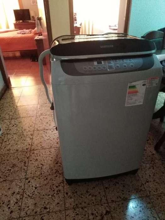 Lavadora Samsung de 13 Kilos - Nueva