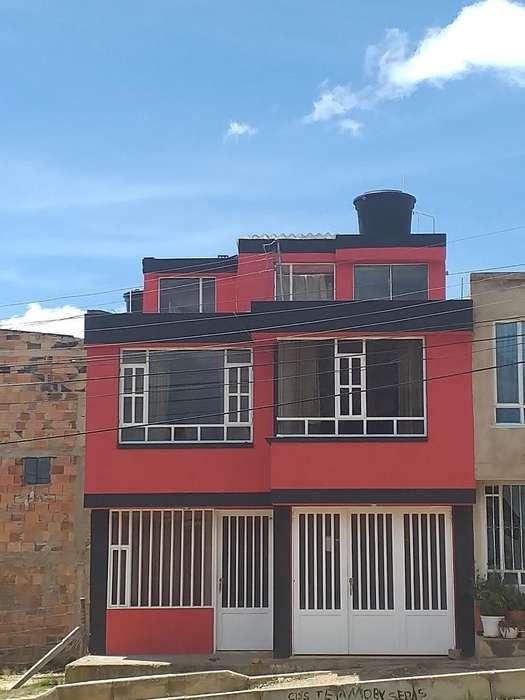 Vendo Ho Permuto Casa de Tres Pisos