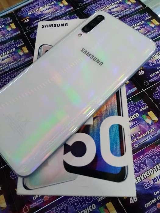 Vendo Samsung A50 en Muy Bnas Condicione