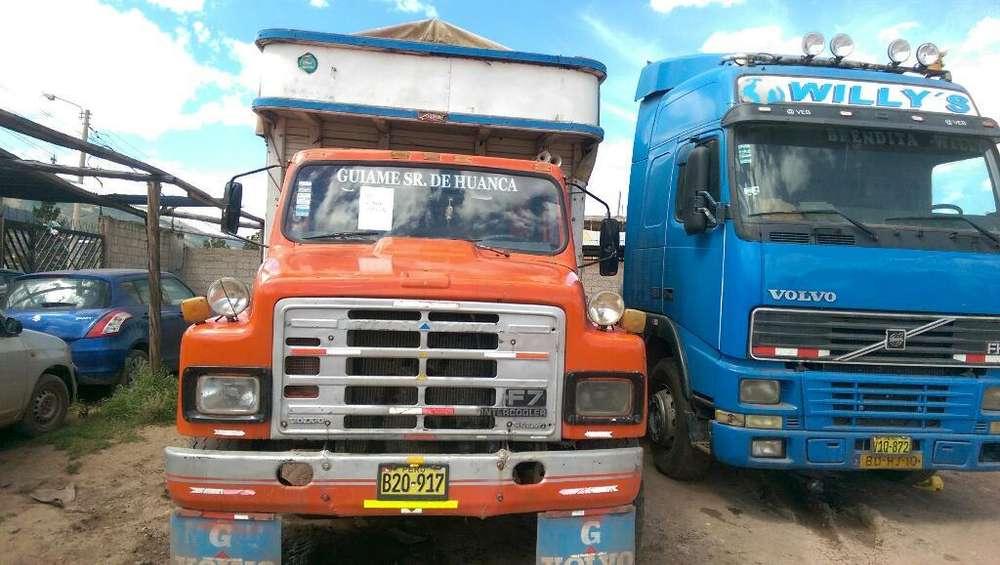 Camión Iternational con Tgta de Mercanci