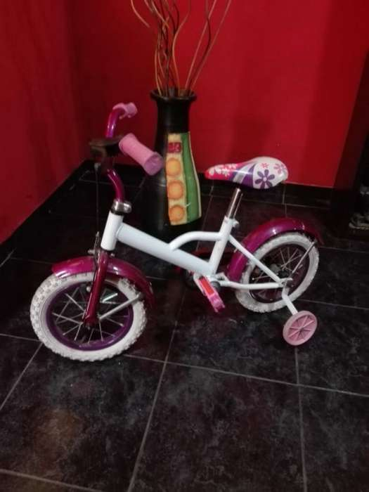 Vendo Bici 2.000 Llamar 3435307631