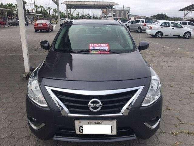 Nissan Versa 2015 - 125100 km