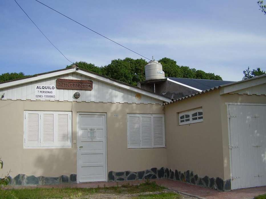 Alquilo Casa en Claromeco, a 5 cuadras del mar