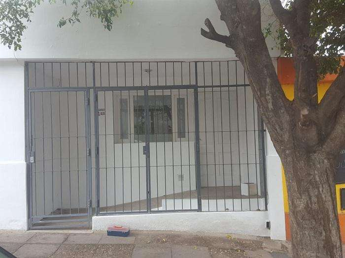 Bº OBSERVATORIO –ALQUILO CASA 2 DORMITORIOS.-