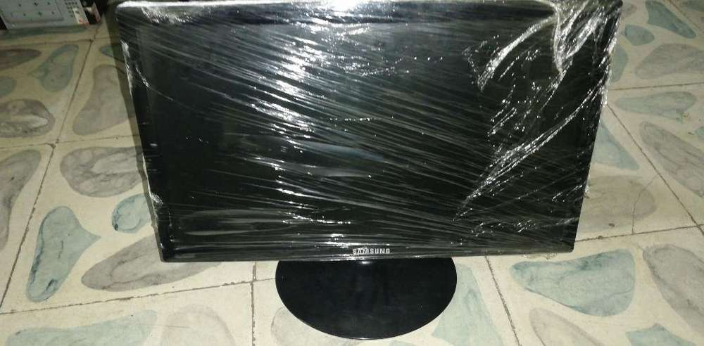 Vendo Monitor Led 19 Pulgadas
