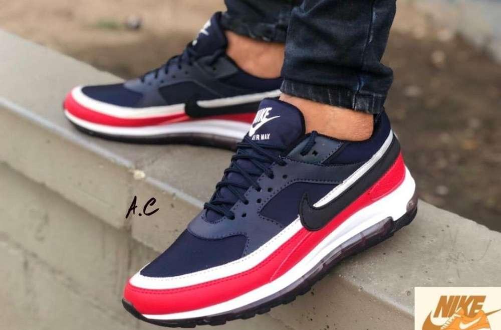 Zapatillas Nike para Caballero Talla 42