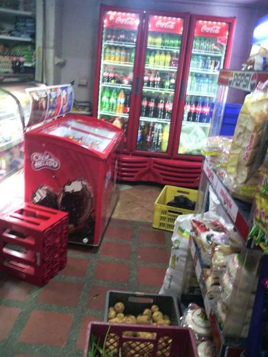 Venta Negocio Mercado Piso1 Centro de Sabaneta. Código: 733588