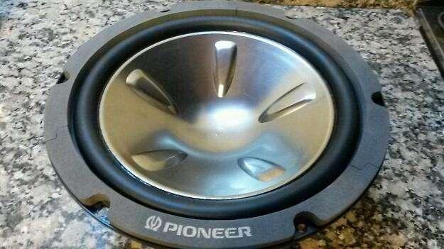 Subwoofer Pioneer nuevo linea pesada